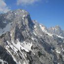 Razgled z vrha na Kukovo špico (levo) in Špik (desno)