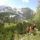 Pot na Vrtaški vrh (razgled zadaj: levo Sleme, desno Drobeče Sleme)