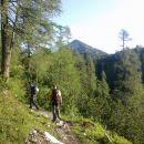 Nadaljnja pot in razgled na Veliki vrh (Veža)