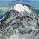 Pogled na Veliko Babo, Ledinski vrh in Storžek (od leve proti desni)