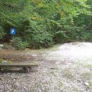 Ne vem, čemu služi znak, cesta zaprta z znakom in rampo.