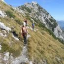 Kopinškova pot na Ojstrico (zadaj razgled na Krofičko)