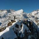 Razgled z vrha na Tosc, Veliki Draški vrh in Triglav (od leve proti desni)