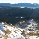 Razgled z vrha na prehojeno pot čez južno pobočje