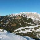 Razgled z vrha na Kalški greben (levo) in Grintovec (desno)