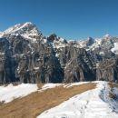 Razgled z vrha na Triglav, Rjavino, Luknjo peč, Škrlatico in Martuljške gore