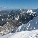 Razgled z vrha na Grlovec, Obir, Košutico in Veliki vrh (od leve proti desni)