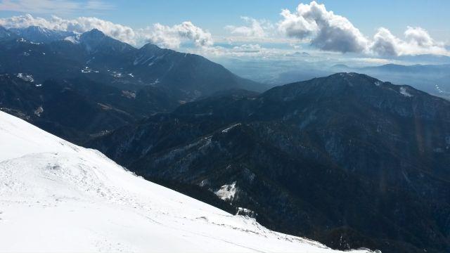 Razgled z vrha na Krvavec, Storžič, Tolsti vrh, Kriško goro in Dobrčo