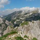 Razgled z vrha na Ablanco, Tosc in Veliki Draški vrh (od leve proti desni)