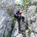 Zavarovana plezalna pot na Stol