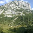 Pot proti Velemu polju in razgled na Koštrunovec