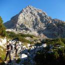 Pot proti Bivaku na Rušju in razgled na Dolkovo špico