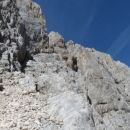 Razgled na gredino po kateri poteka vzpon proti vrhu Široke peči