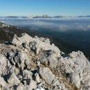 Razgled iz vrha na Debelo peč, Karavanke in Kamniško-Savinjske Alpe