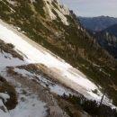 Prvo prečenje snežišča na poti