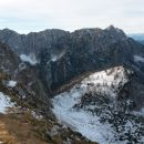 Razgled iz vrha na Mangart, celoten greben Ponc in Slemenovo špico