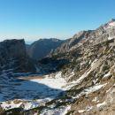 Razgled iz vrha na Lučkega Dedca, Krvavec, Planjavo in Kocbekov dom na Korošici