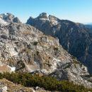 Razgled ob bivaka na Tursko goro, Kogel, Ojstrico, Planjavo in Brano (od leve proti desni)
