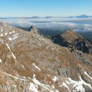 Razgled iz vrha na Debelo peč, Veliki Draški vrh, Mali Draški vrh in Viševnik