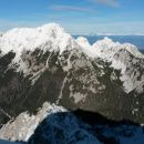 Razgled iz vrha na Vrtačo, Zelenjak in Palec (od leve proti desni)