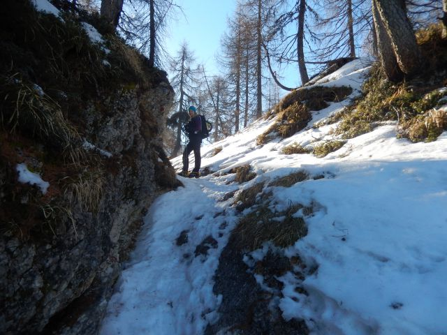 Pot proti Kamnitemu lovcu