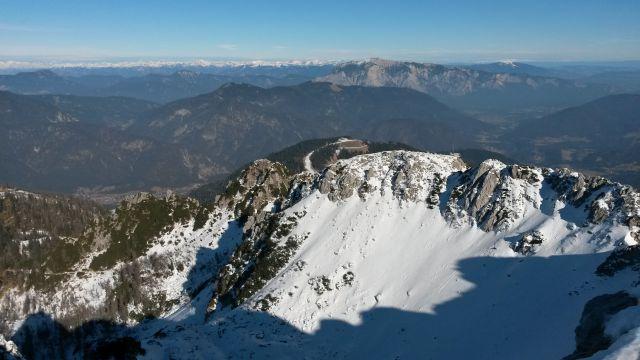 Razgled iz vrha na Dobrač