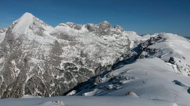 Razgled iz vrha na Grintovec, Dolgi hrbet, Štruco, Skuto, Rinke in Tursko goro
