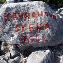 Vrh Kavranove stene 301m.