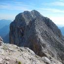 Razgled na nadaljnjo pot proti vrhu Rjavine