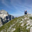 Na vrhu Rjavčeve glave (2365m) ter razgled na Triglav