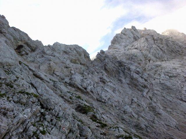 Vstop v plezalni del poti na Koroško Rinko (Križ)
