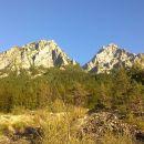 Jutranji razgled na Škrnatarico (levo) in Kukovo špico (desno)