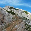 Razgled z sedla Žleb (Suho ruševje) na nadaljnjo pot na Palec