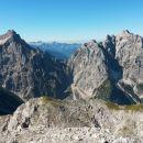 Razgled z vrha Lipnice na Razor (levo) in Prisojnik (desno)