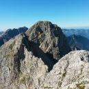 Razgled z vrha Bovškega Gamsovca na Pihavec