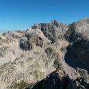 Razgled z vrha Bovškega Gamsovca na Križ, Dolkovo špico, Škrlatico in Stenar