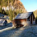 Krasne hiške na Planini pri Jezeru