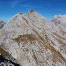 Razgled z vrha Kopice na Malo Zelnarico (v sredini)