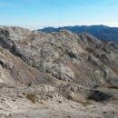 Spust z Velike Zelnarice ter razgled na dolino Za Kopico
