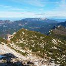 Razgled z Velikega vrha na Moličko peč in Križevnik ter Olševo, Peco in Raduho