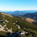 Nadaljnja pot nazaj proti Planini Loki ter razgled na Uršljo goro, Pohorje in Smrekovec