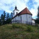 Prihod do cerkvice sv. Primož.