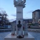 V Sevnici spomenik borcem NOB.