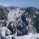 Eno minuto od SLO vrha je drugi, avstrijski vrh.