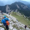 Pot z vrha Storžiča na Kališče.