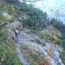 Pot ptori Škrbini in Škarjem.