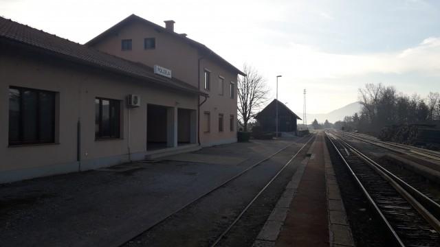 Železniška postaja Polzela.