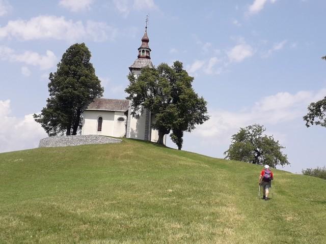 Pogled na cerkev Sv. Tomaž.