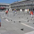 ...pomoje več golobov kot turistov...