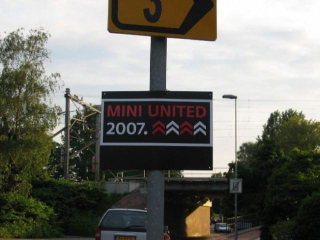 MINI UNITED 07 - foto